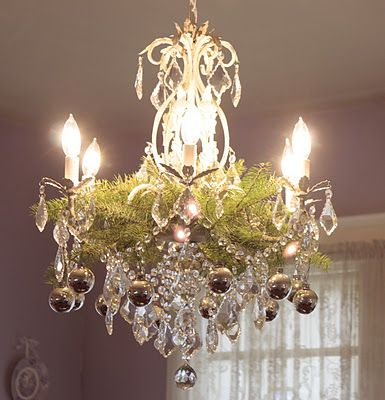 Christmas Chandelier - great blog also for sweet decorating ideas ...