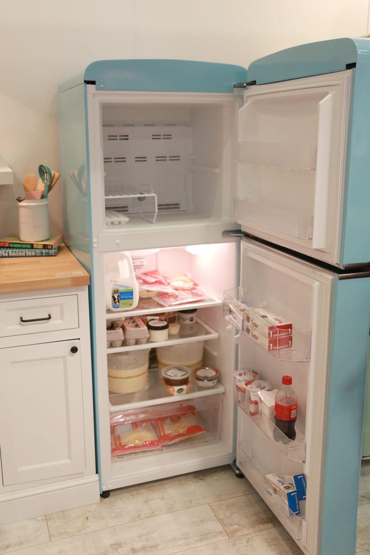 Charmant Big Chill Slim Fridge Gallery Page   Big Chill Retro Refrigerator, Retro  Fridge, Kitchen