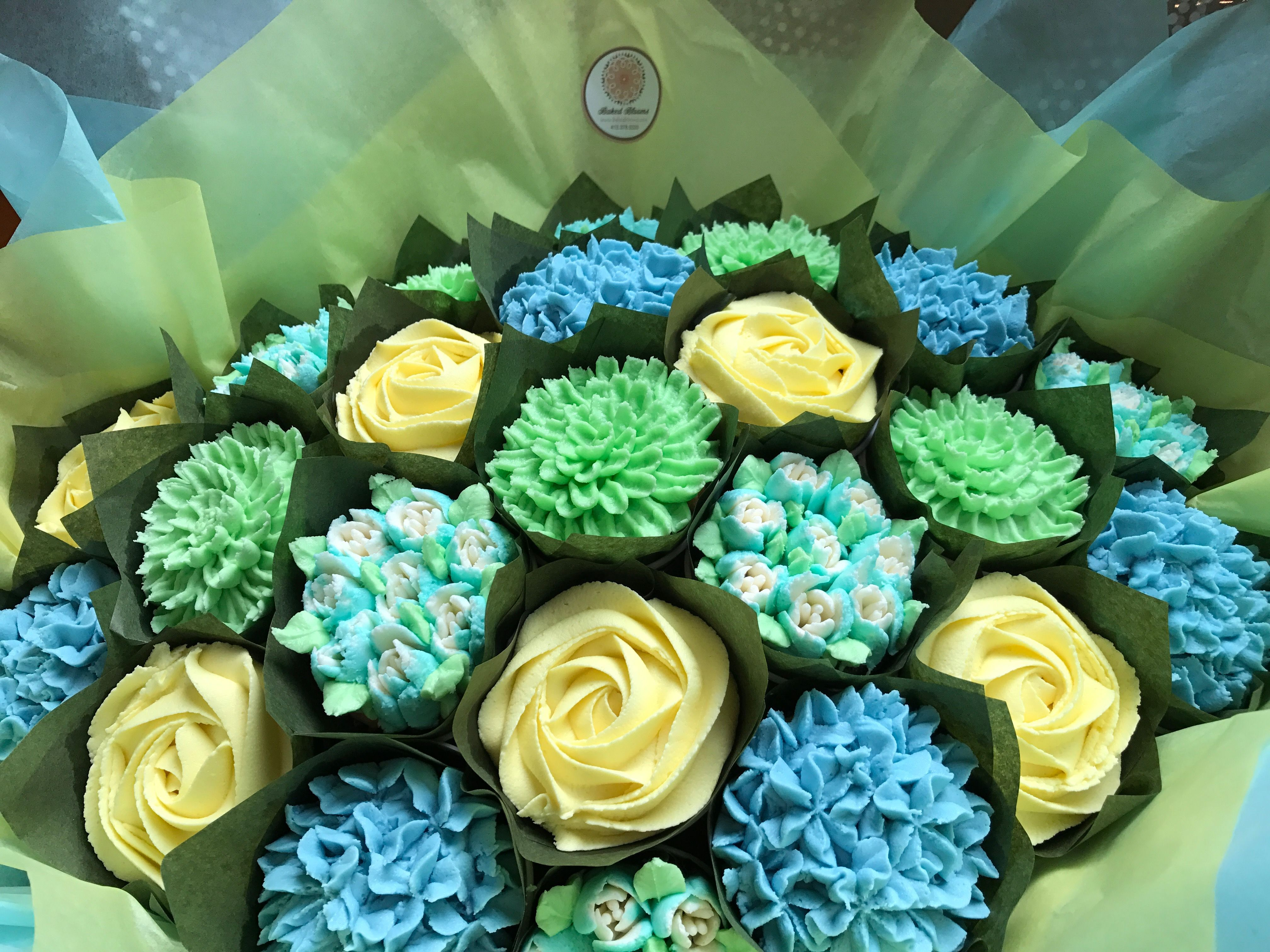 Baby shower bouquet. Baby blue, turquoise, green and lemon www.bakedblooms.com