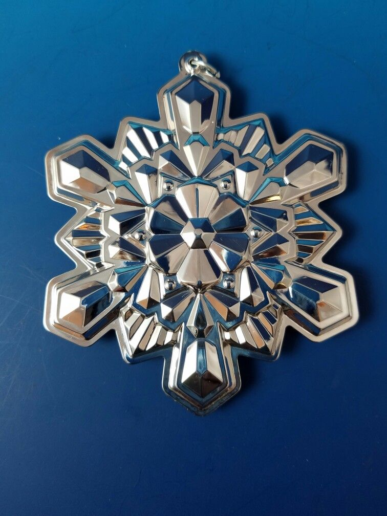 2016 Gorham Sterling Silver Snowflake Ornament @antiquecupboard - 2016 Gorham Sterling Silver Snowflake Ornament @antiquecupboard