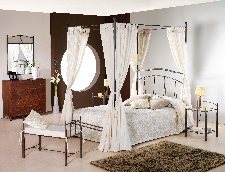 Dormitorio de forja y madera mod Hares fabricado a mano los