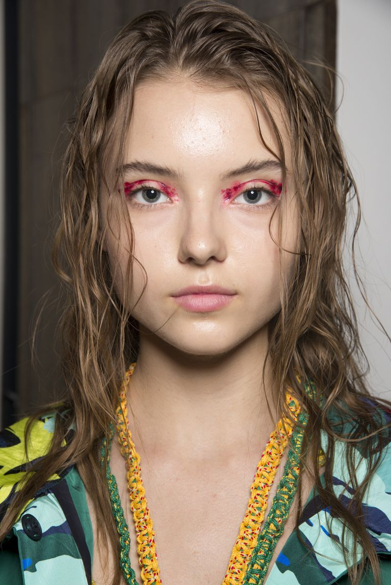 Every High Fashion Make Up Look From Backstage At Fashion Week