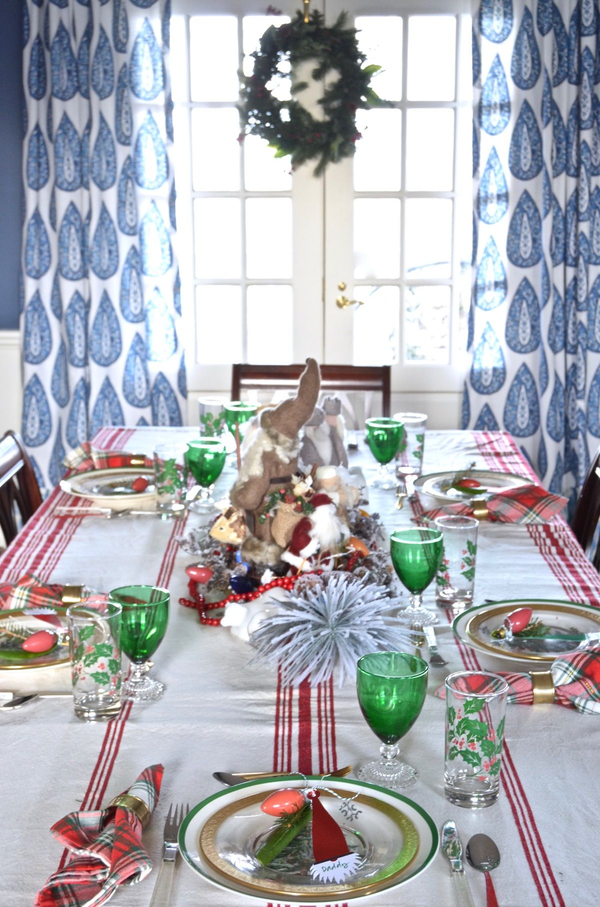 Red And Green Christmas Table For Our Eclectic Blue And