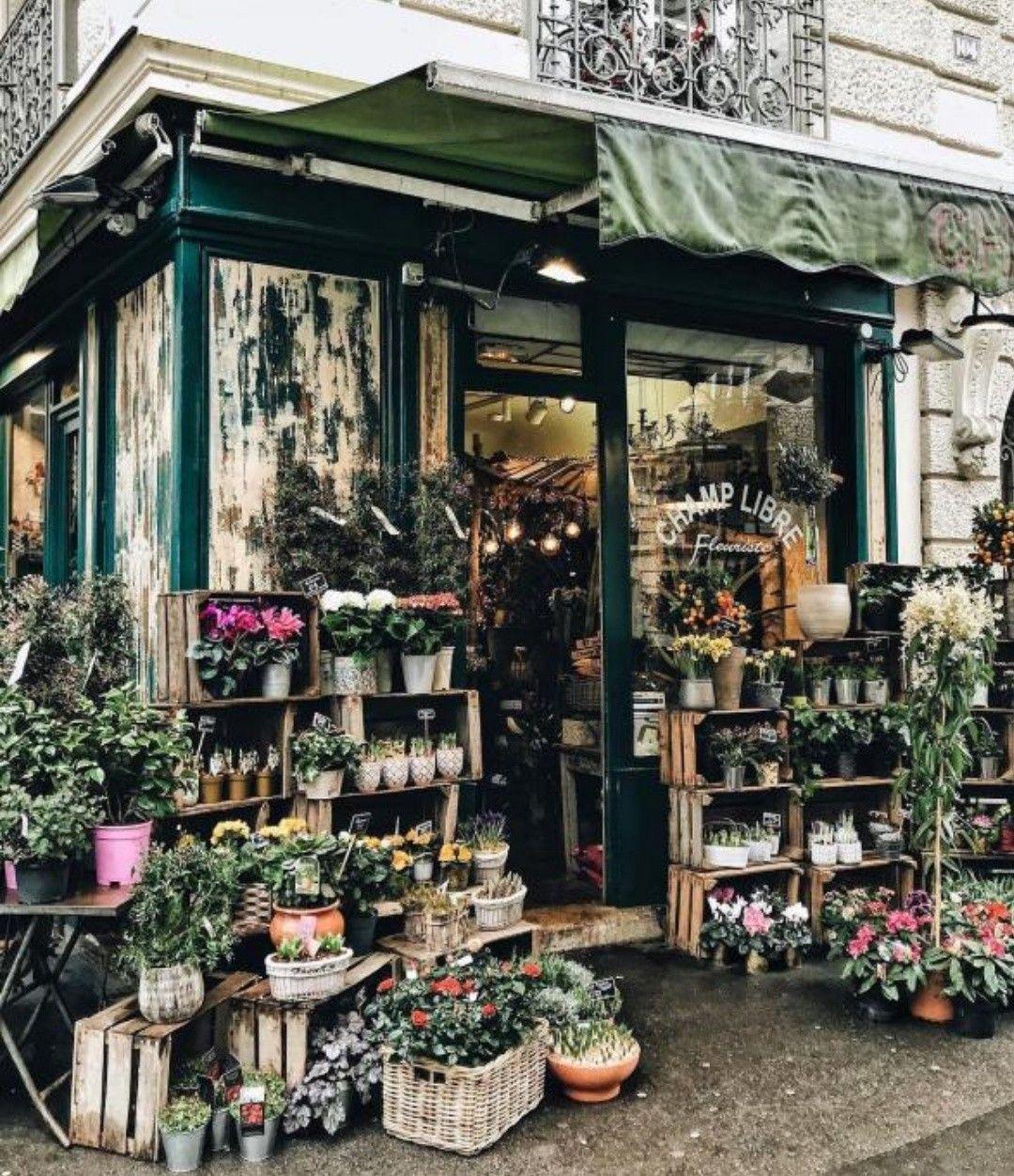 Flower Shop Window In Paris France Floral Shop Flower Shop Design Flower Shop