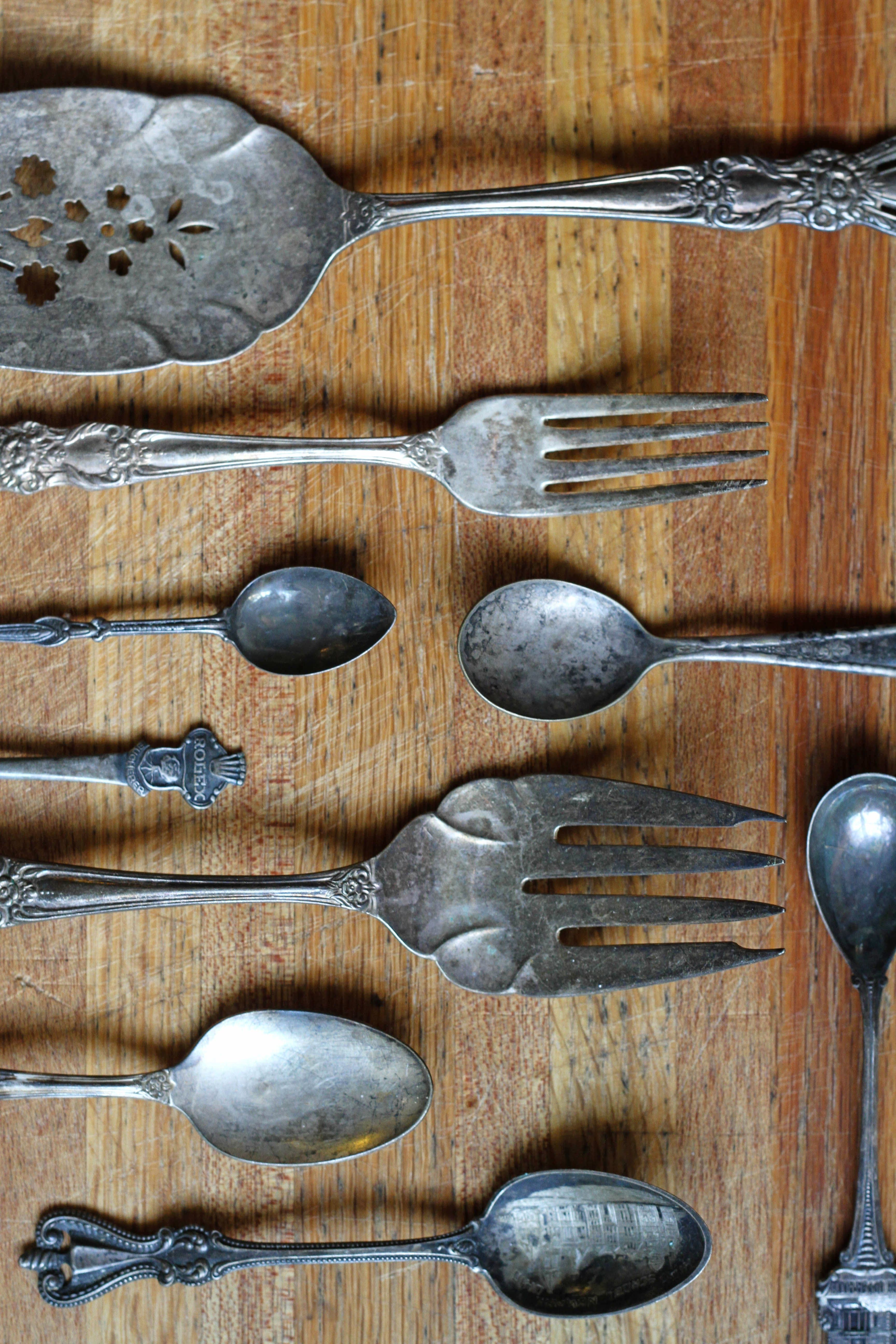 How To Clean Silver With Aluminum Foil & Baking Soda   Baking soda ...