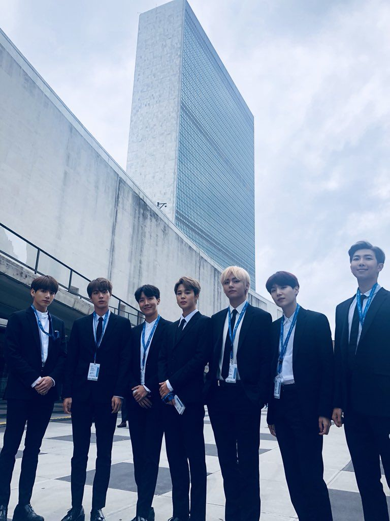 "BTS_official on Twitter: ""[#오늘의방탄] ❣️Love Yourself❣️at the @UN #BTSxUnitedNations… """