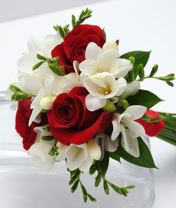 Simple Flower Bouquets For Weddings: Three Rose Bouquet Freesia - Red