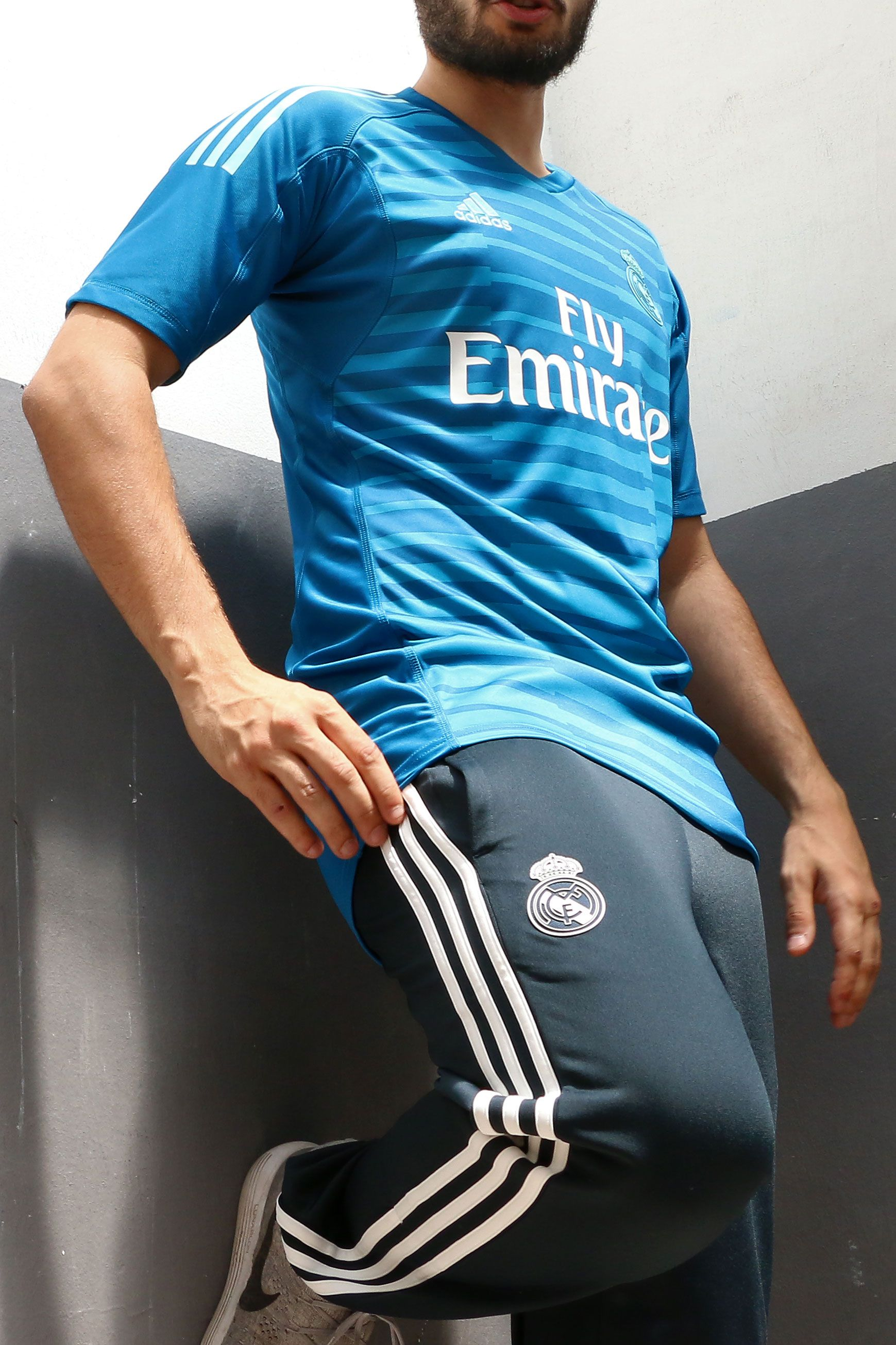 Camiseta de portero Real Madrid 2018 - 2019 - azul celeste  cf6d3ee7a1e3d