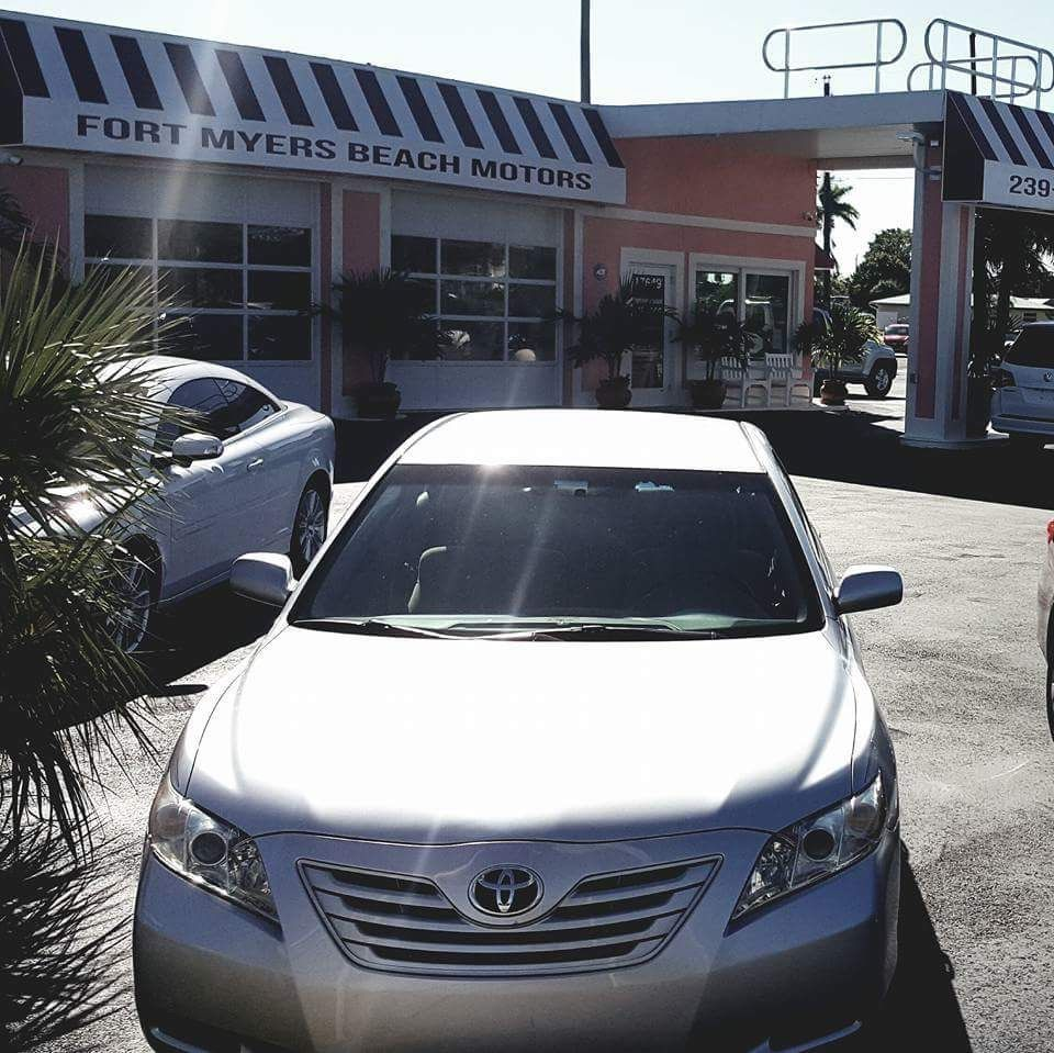 Fort Myers Florida Used Car Dealer Provides A Finance
