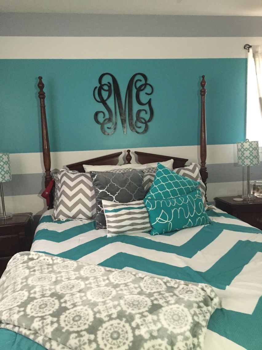 Turquoise Gray And White Teen Bedroom My Daughter Decorated Her Room And Did A Wonderful Job