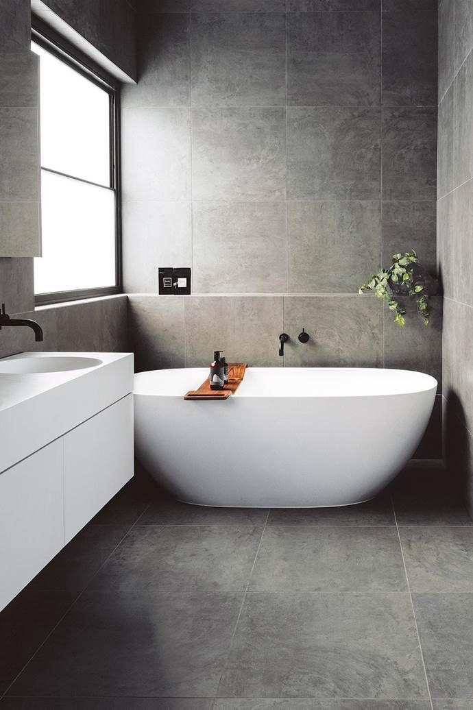 15 Simply Chic Bathroom Tile Design Ideas #bathroomtiledesigns