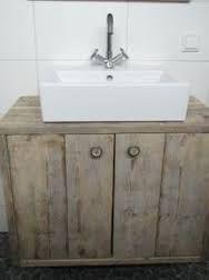Afbeeldingsresultaat voor zelf badkamermeubel maken steigerhout