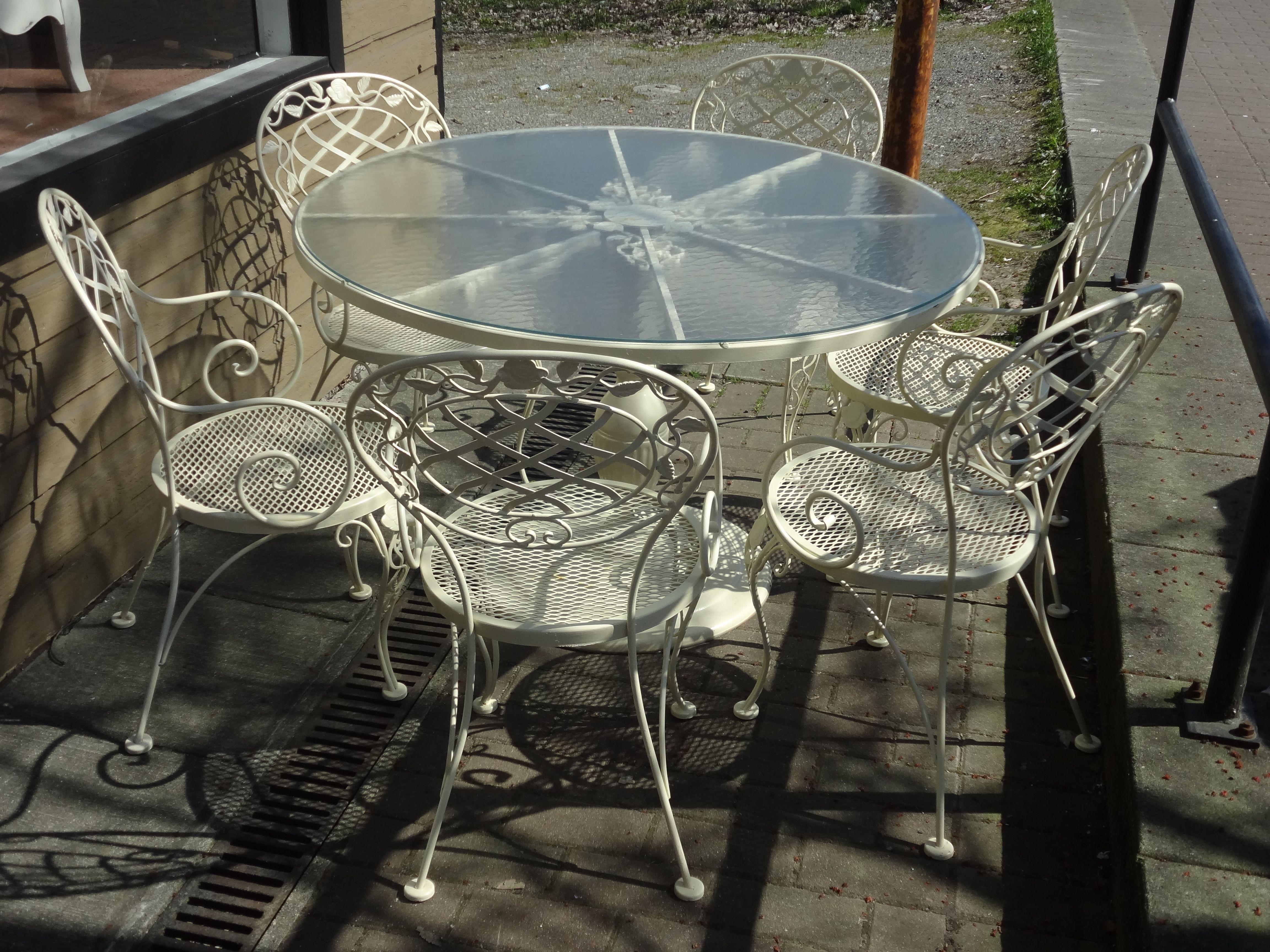 Vintage Shabby Chic Patio Furniture by Woodard
