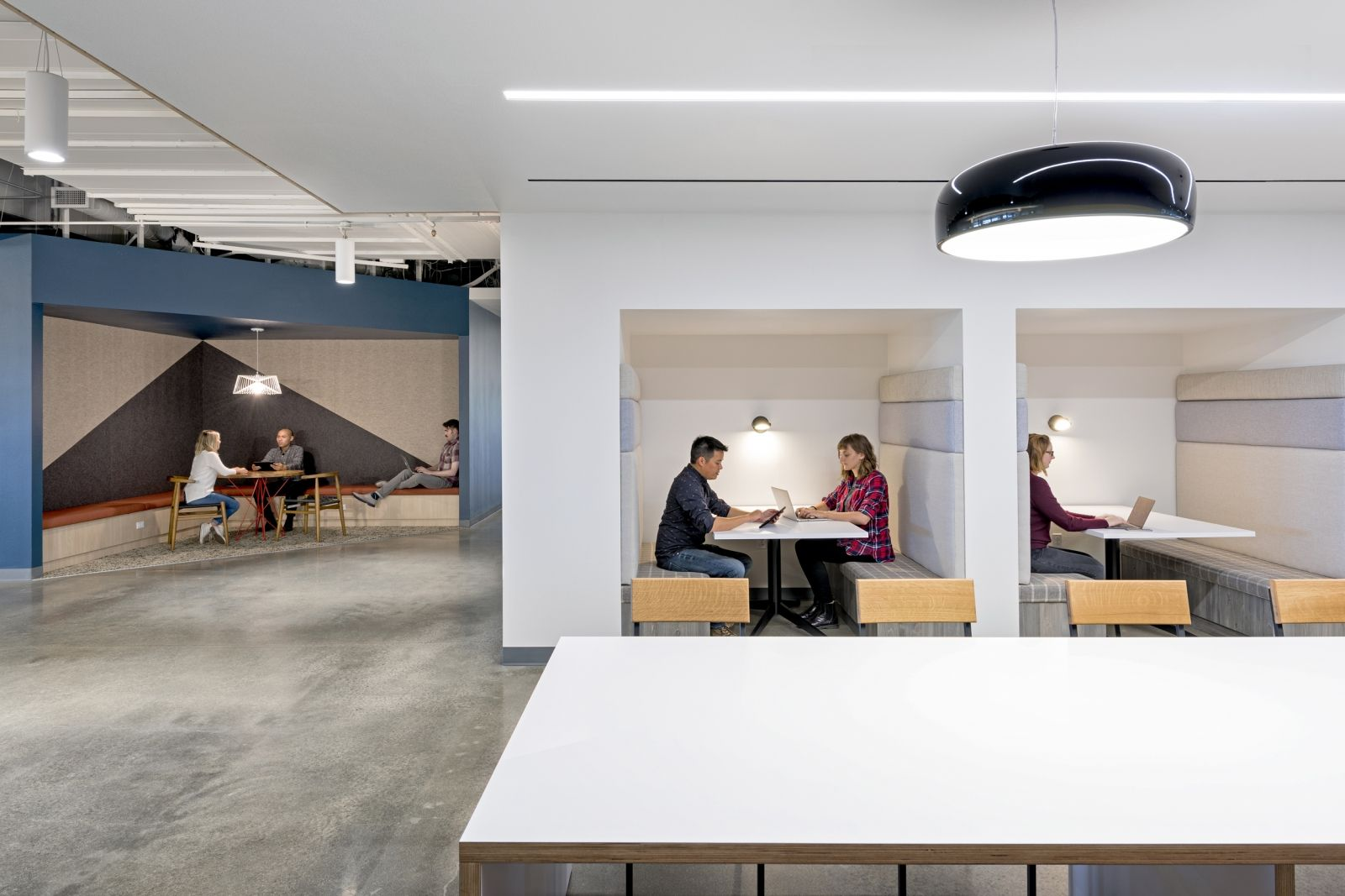 kimball office orders uber yelp. Kimball Office Orders Uber And Yelp For Chicago Showroom | Showroom, Designs Spaces