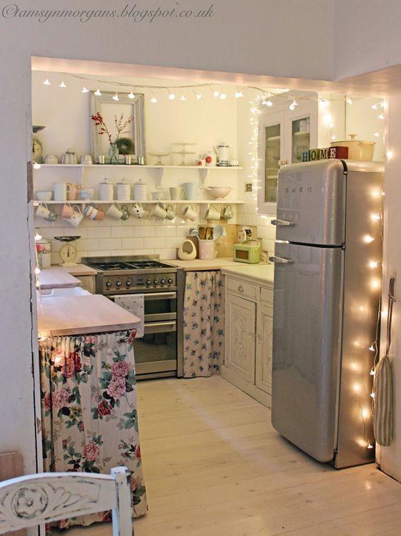 Decoraç u00e3o de Cozinha Pequena Simples e Barata Décor Decoraç u00e3o cozinha pequena, Decoraç u00e3o  -> Decoração Cozinha Pequena Barata