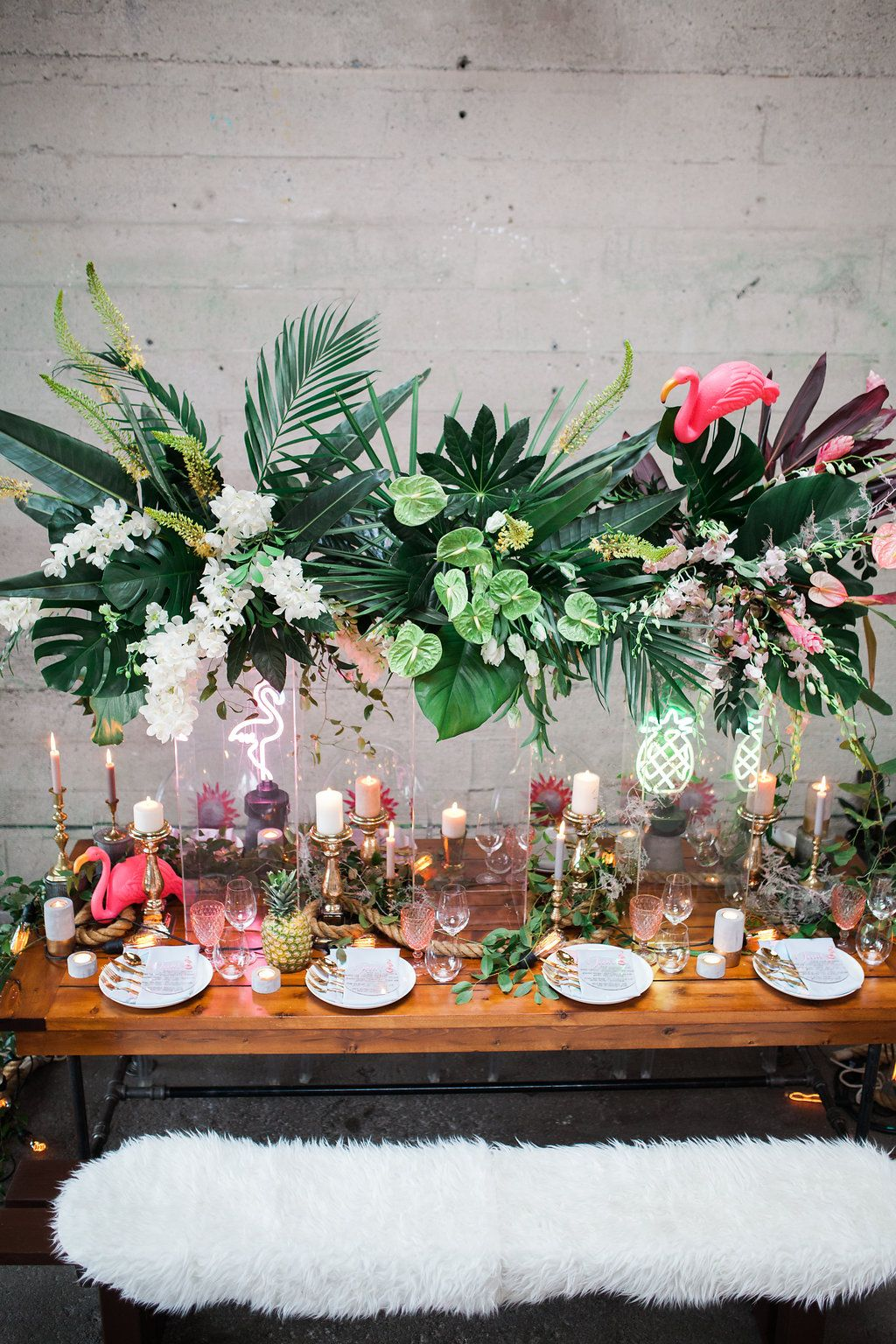 Stylish Tropical Wedding Inspiration In The Pacific Northwest Ruffled Tropical Wedding Centerpieces Tropical Wedding Inspiration Tropical Centerpieces