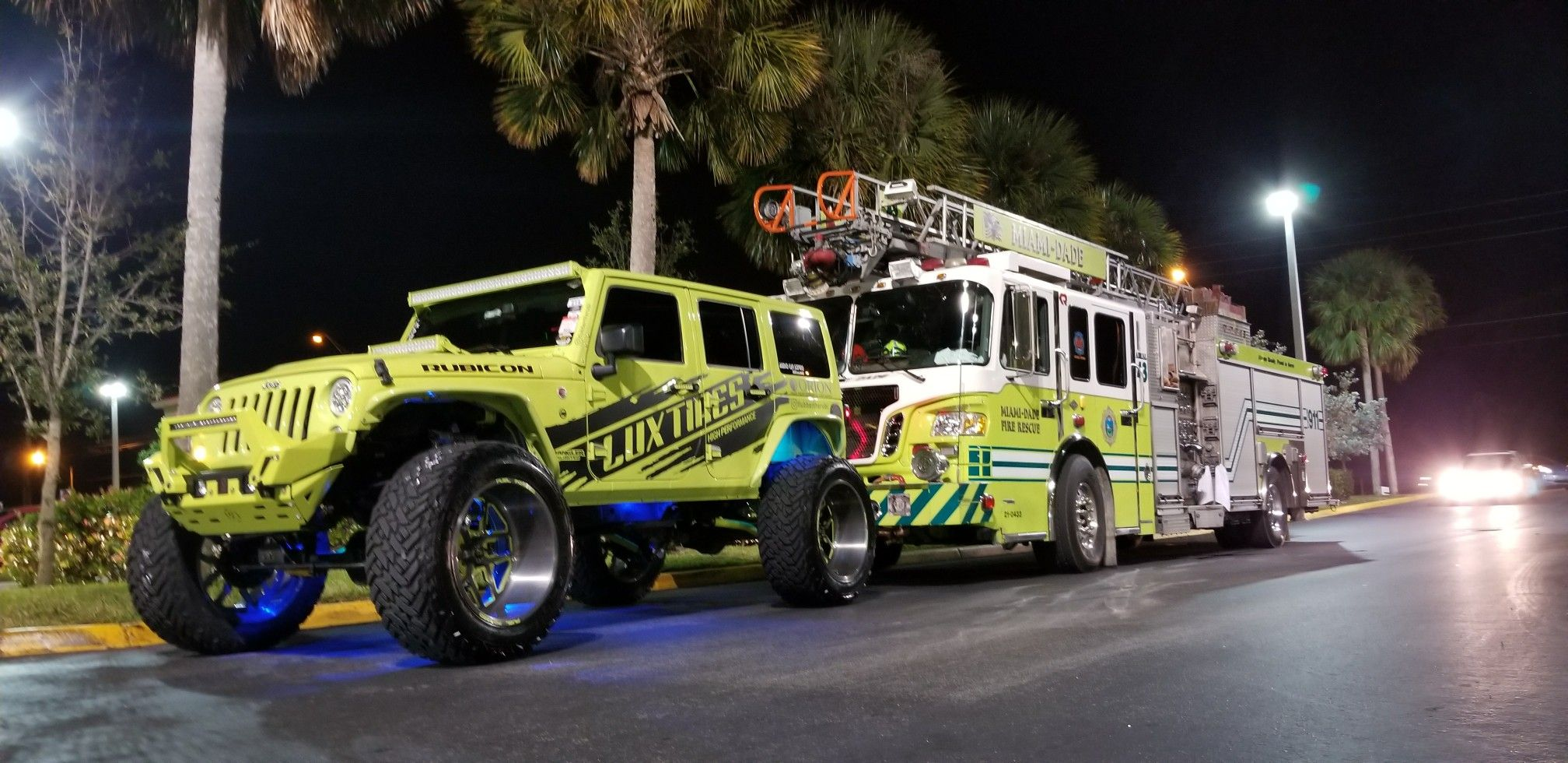 Hyper Green Jeep Rubicon on 24s Jeepers Pinterest