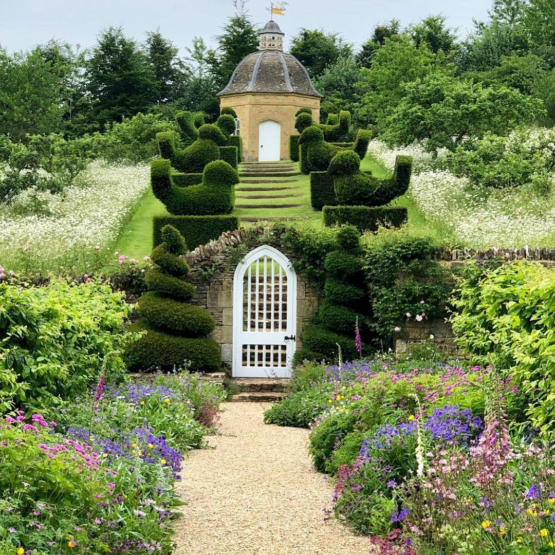 Rockcliffe House Gardens Upper Slaughter Cheltenham Gloucestershire Home Of Garden Designer Emma Keswick Thanks And Photo Landskapsdesign