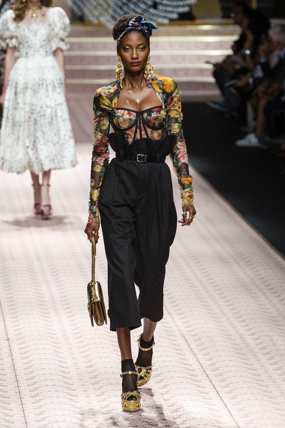 Dolce   Gabbana at Milan Fashion Week Spring 2019 - Livingly 7b49a11b14b22