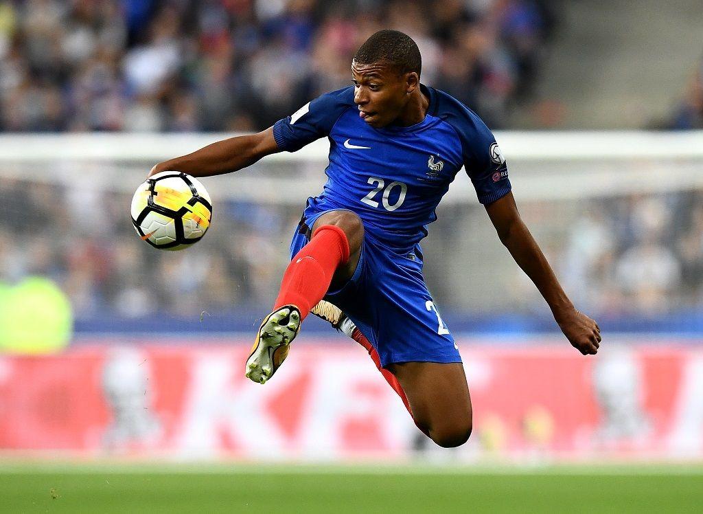 Ballon D Or Kante Griezmann Benzema Et Mbappe Parmi Les Nommes