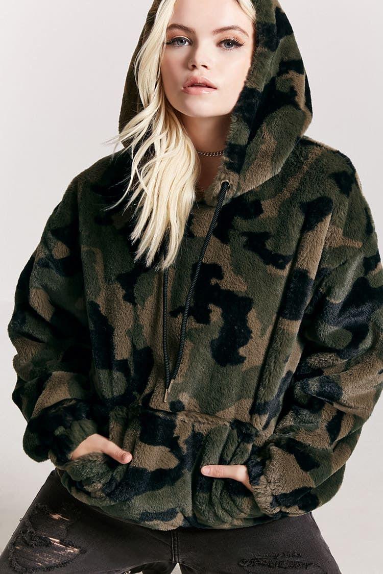 f4bcfe66699f2 Faux Fur Camo Hoodie | FOREVER21 | Clothes | Camo hoodie, Camo ...