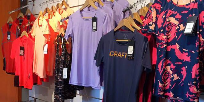 248cd3228f7 Rando Running Perpignan vend les Textiles Running Printemps-Eté à découvrir  en boutique et en catalogue.(® rando running)