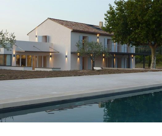 Soft shades of a contemporary french farmhouse in beaumes for Modern french farmhouse