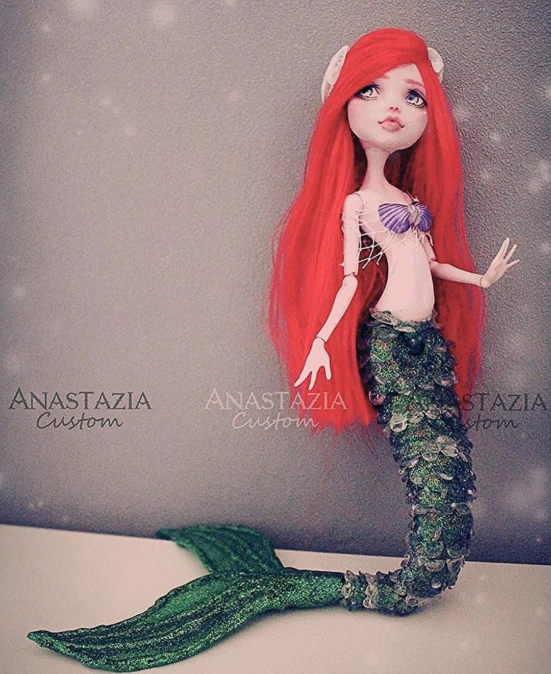 Ariel - The Little Mermaid.