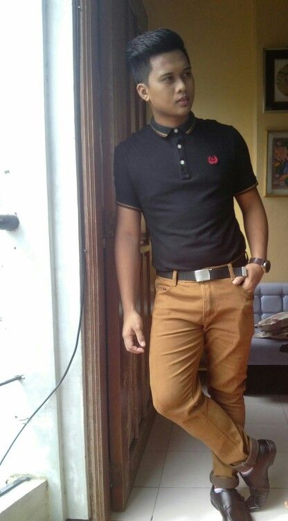 d74c676766821 Smart Casual polo shirt brown chinos | my husband's fashion | Smart ...