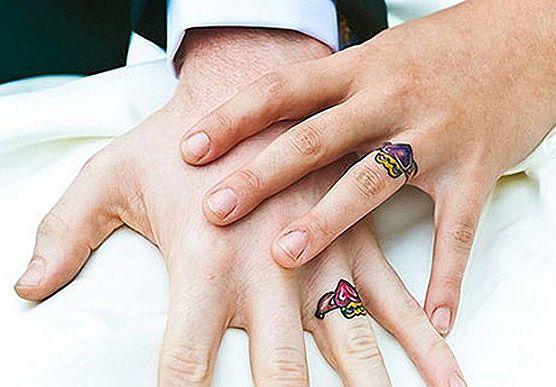 tatouage bague doigt alliance mariage idee tatouage doigt femme pinterest. Black Bedroom Furniture Sets. Home Design Ideas