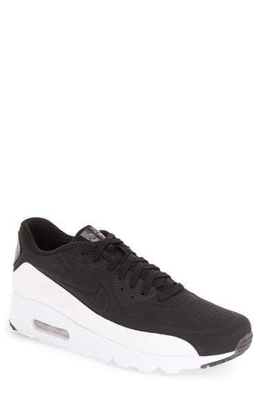 Men's Nike shoes 50% off  FS at Nordstrom.com #LavaHot http://www.lavahotdeals.com/us/cheap/mens-nike-shoes-50-fs-nordstrom/117225