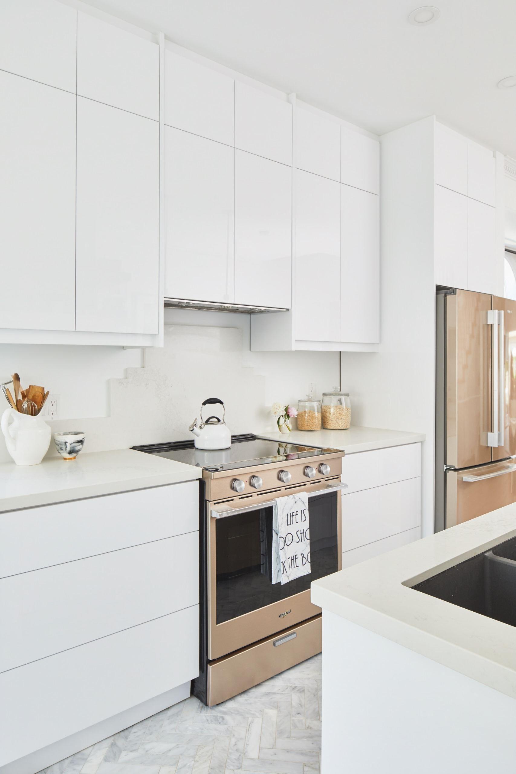 Sunset Bronze Appliances In A Sleek Light Kitchen Trendy Kitchen