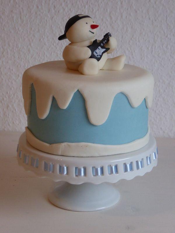 fondant torte mit schneemann und bass  fondant cake with