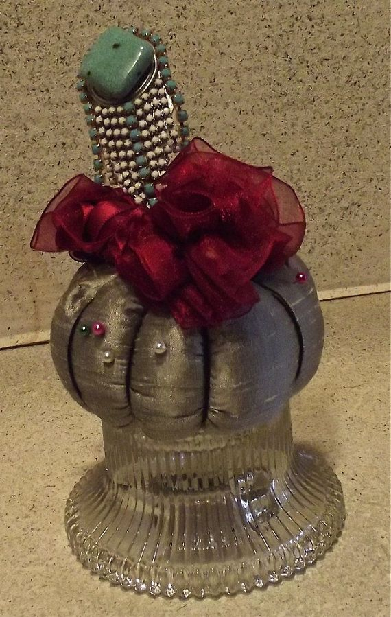 Maggies Favorite Pincushion of the Year by BagsBeadsBears on Etsy, $40.00