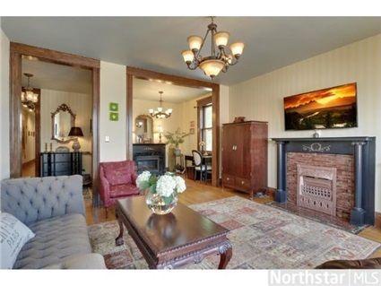 51 Avon Street S 23 Saint Paul Mn 55105 Mls 4391955 Coldwell Banker Home Home Decor Avon