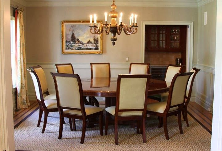 Getting The Best Dining Room Tables For 10 For Your Big Family Round Dining Room Table Round Dining Table Sets Large Round Dining Table