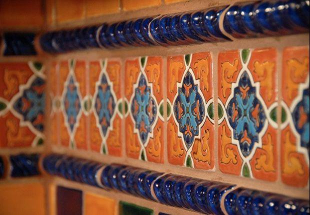 Mexican talavera tile borders imageck home for Hacienda los azulejos