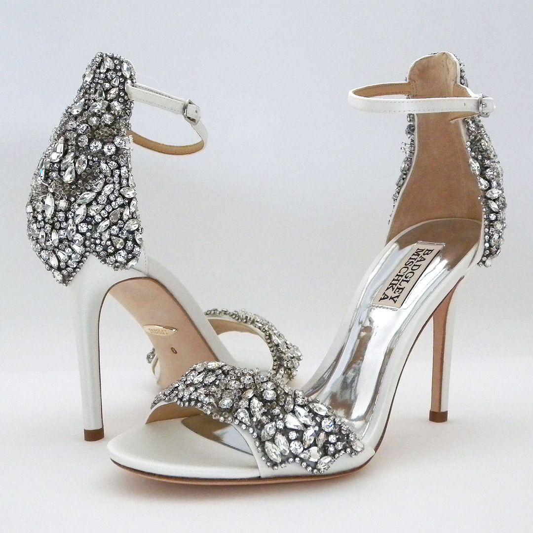 Badgley Mischka Fabiana White Rhinestone Sandals 8 5m Sale In 2020 Rhinestone Wedding Shoes Bridal Shoes Rhinestone Sandals
