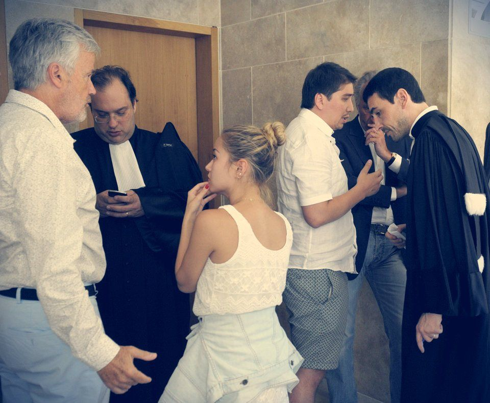 la denuncia della figlia maggiore della Shalabayeva,Madina Ablyazova, che dalla Svizzera ha dato incarico ai suoi legali di individuare http://tuttacronaca.wordpress.com/2013/09/25/la-figlia-del-dissidente-denuncia-i-funzionari-del-viminale/