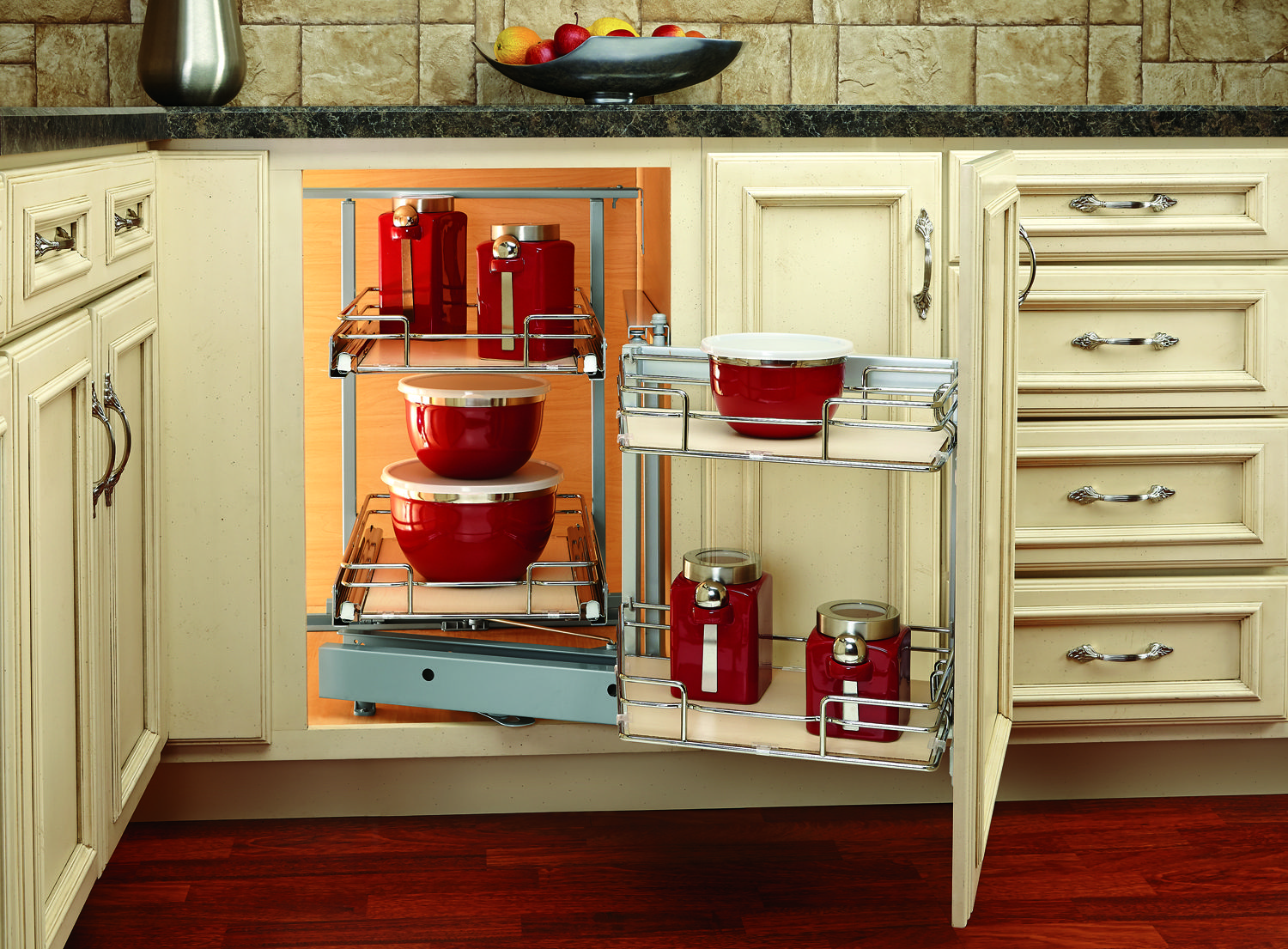 Optimize Your Storage With This Luxurious 599 Series Blind Corner Organizer By Rev A Shelf As Corner Kitchen Cabinet Blind Corner Cabinet New Kitchen Cabinets