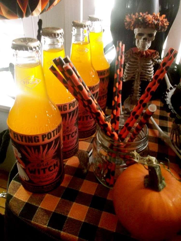 Halloween Halloween Party Ideas Party planning, Vintage and Halloween - vintage halloween decorating ideas