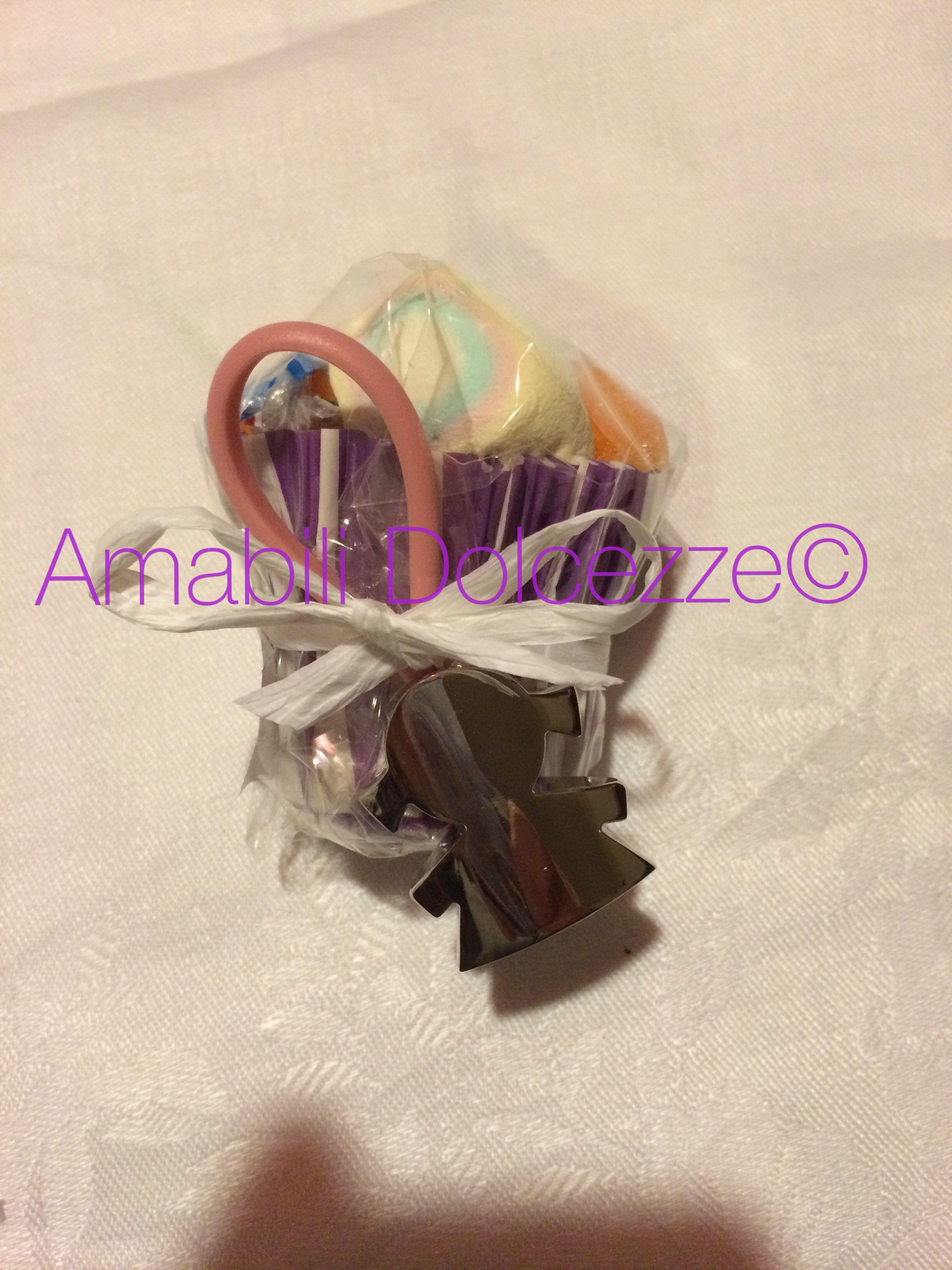 Bomboniera di caramelle. Gustosa !!!  Candy |  marshmallow | per info: amabilidolcezze@gmail.com Visita la pagina www.facebook.com/amabilidolcezze
