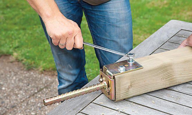 Zaunpfosten einbetonieren Zaunpfosten, Betonzaun und