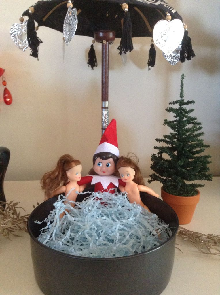 He's gone real bad now, hot-tubbin' with some babes : #elfontheshelf