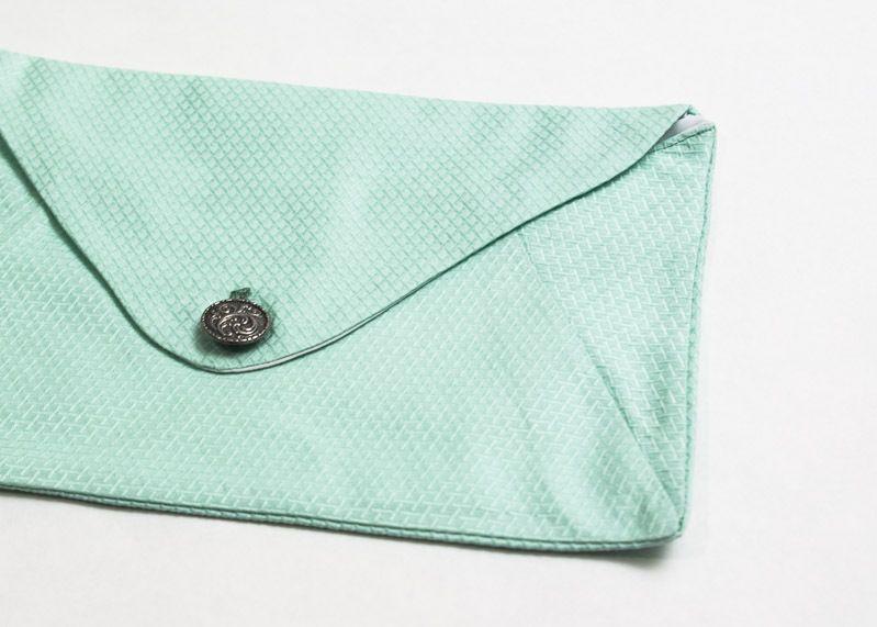 """Mint clutch Handtasche """"Minne"""" mit Knopf von Stoff Schere Papier auf DaWanda.com"""