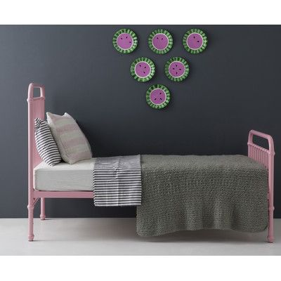 IncyInteriors Polly Platform Bed Size: Twin