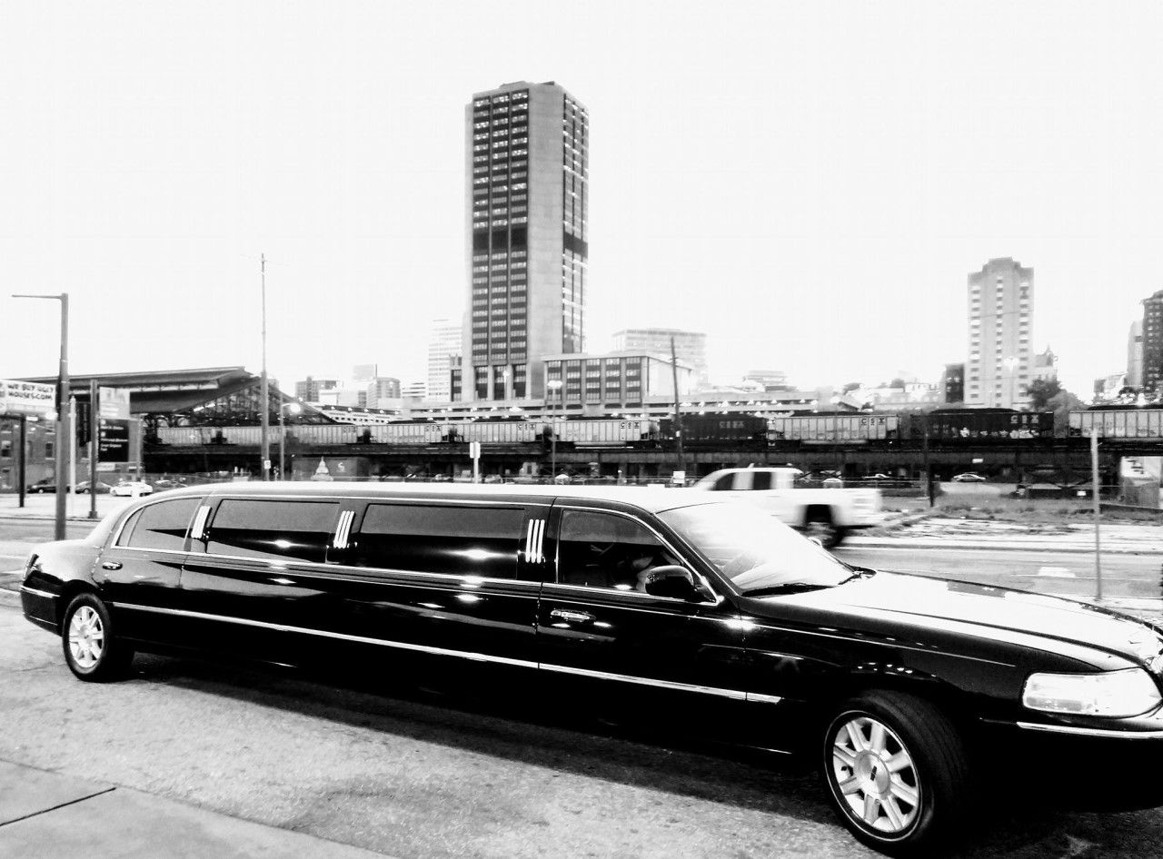 We Are So Excited To Welcome Richmond Limousine Into The Rw Family When Planning Your Big Day Don T Forget About Your Transporta Limousine Richmond Limo
