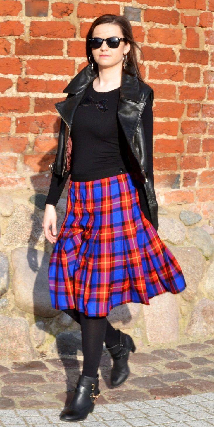 5cb048d2f5 leather vest outfit