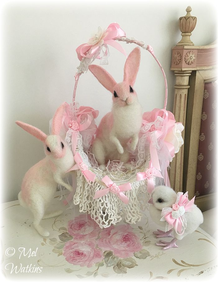 Needle felted shabby chic Pink Easter bunnies and chick <3