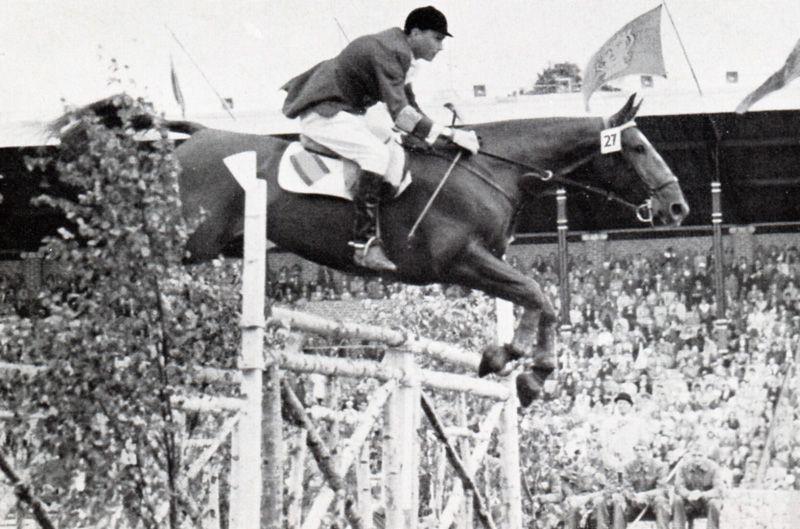Francisco Goyoaga On Fahnenkonig At The Olympics In Stockholm 1956 Equitacion Campeones Del Mundo Deporte Espanol